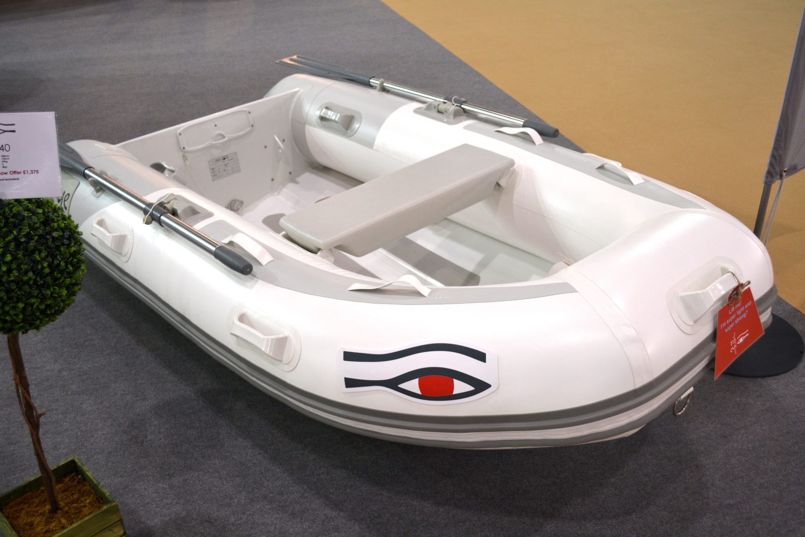 life-raft-lifeboat-inf...ble-dingy-241789 (1)